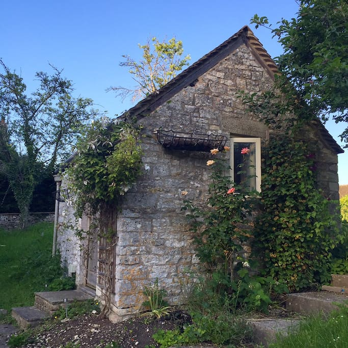 The Cotswolds Bothy