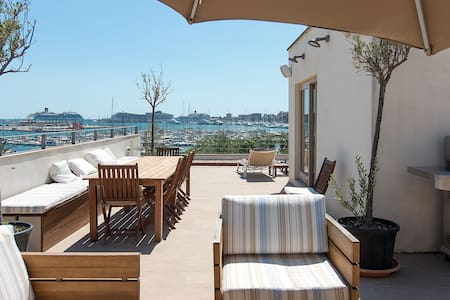 Exclusive first line house in Palma de Mallorca - Palma