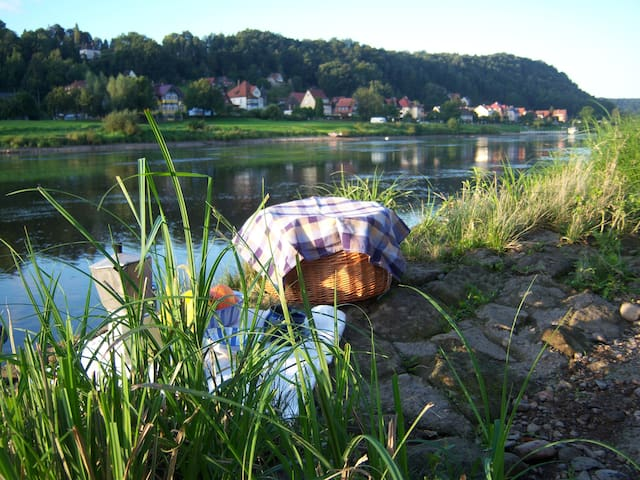 Ferien im Denkmal an der Elbe - Stadt Wehlen - Huis
