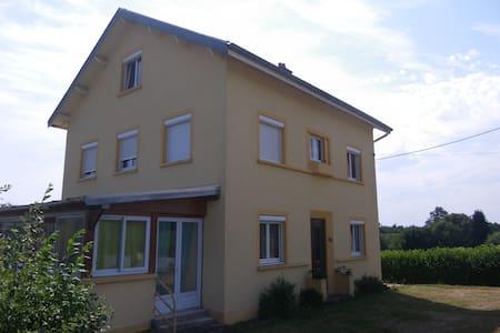 Chambre mansardée - Haus