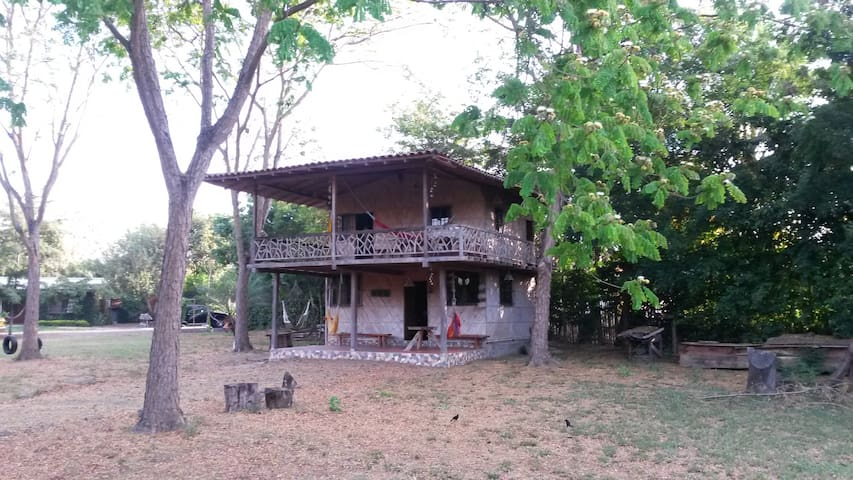CASA CAMPESTRE - Portoviejo - Rumah