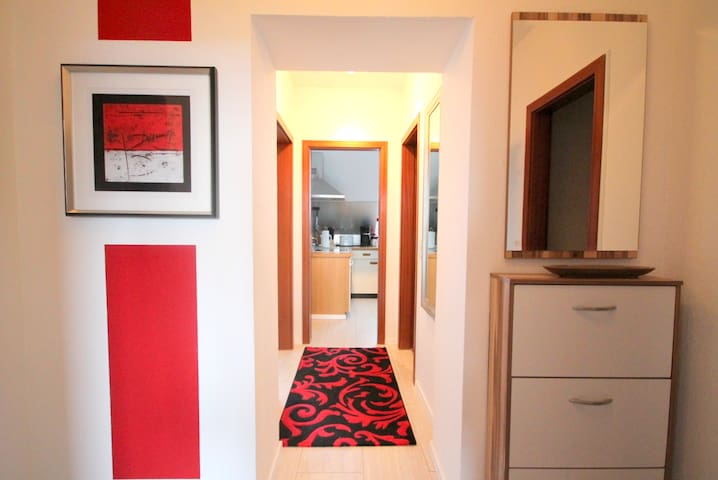 Gemütliche 2-Zimmer Wohnung - vollmöbliert - Schwelm - Apartament