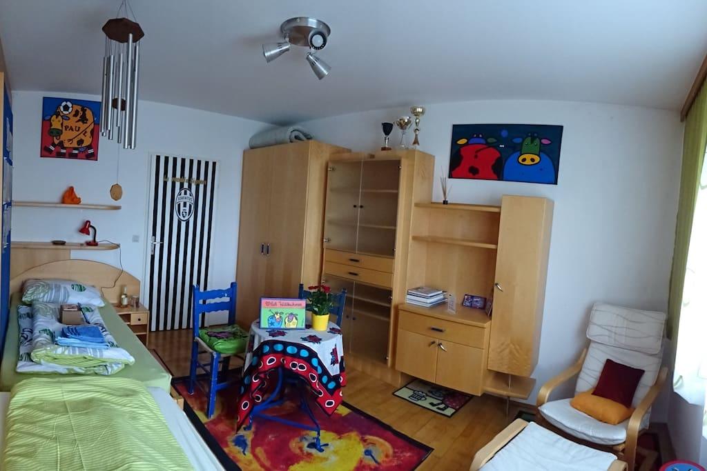 Wohnen im KUHlianezimmer Schlafzimmer für LangschläferInnen