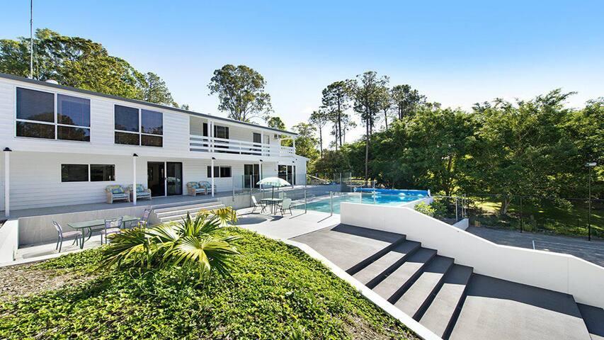 Luxury Gaven Villa