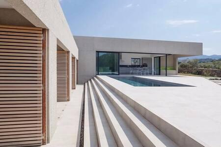 Villa GUADALLE architecte piscine chauffée