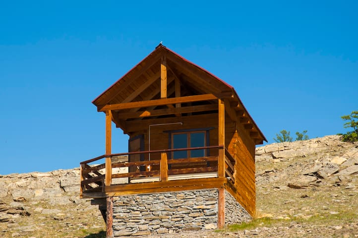 Economy house for two. Greatest view at Baikal