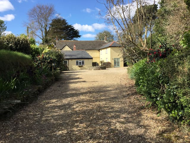 Double bedroom, en-suite, Dogs welcome. - Cornwall - Casa