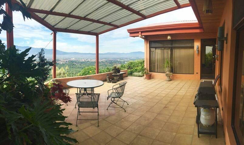 Casa Cerro Verde de Yoga - Master #2 - Alajuela - Casa