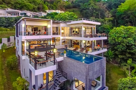 Fully serviced chic Grand Villa Luxury Time Phuket