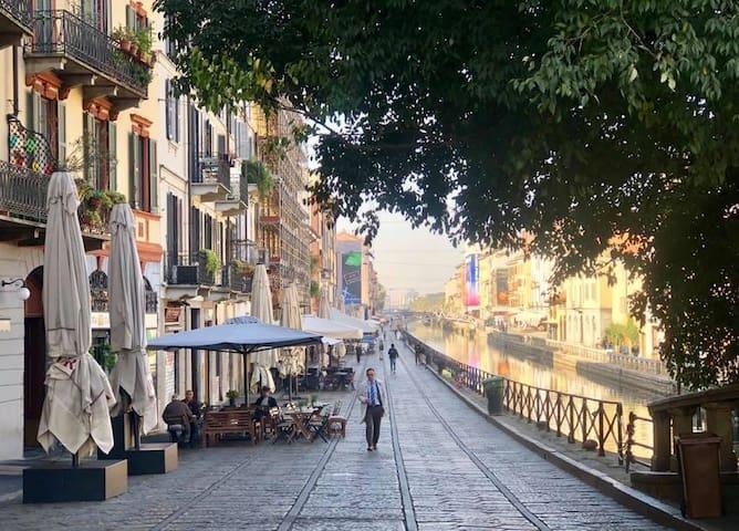 Navigli_Darsena.Ap.5 Modern (Website hidden by Airbnb) Magolfa