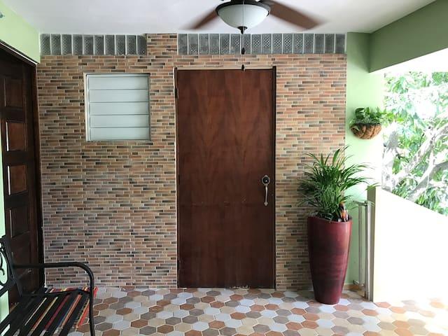 Escape to Puerto Rico for less-studio -cozy pad