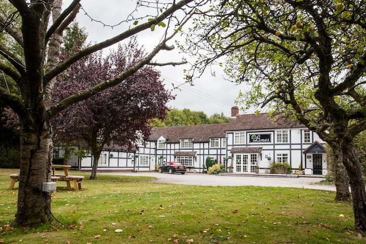 The Limes Country Lodge Hotel - Earlswood - 其它
