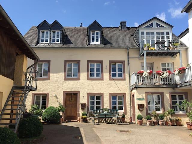 Wohnen im sonnigen Innenhof