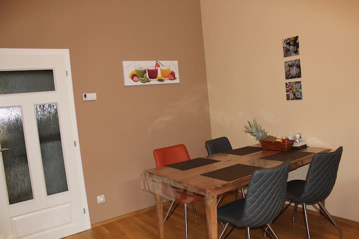 Lovely Apartment in The Center of Mariánské Lázně