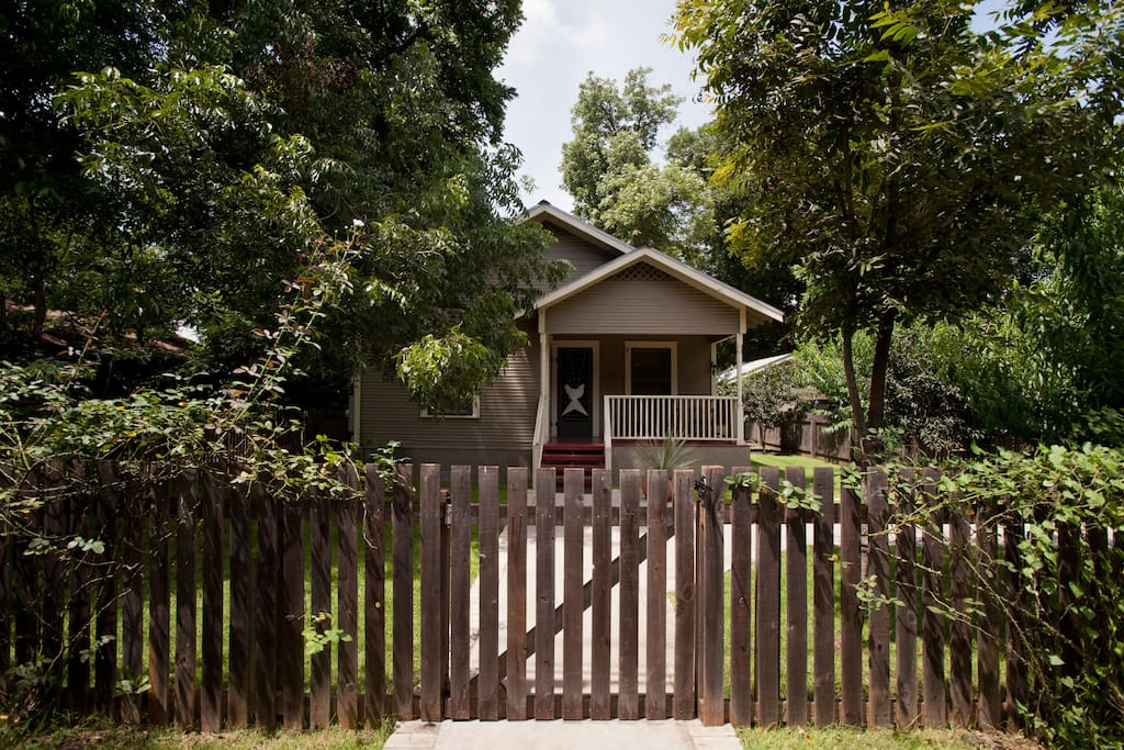 A picket fence, covered in climbing roses, surrounds your house.  Peach, pecan, fig, pomegranate, grapefruit, mandarin orange, bay, and lime trees fill your yard.
