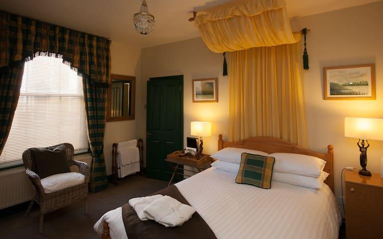 The Forest Suite (En-suite) - Lymington - Bed & Breakfast