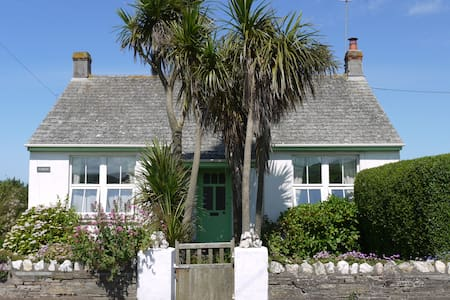 Varley cottage near coastal path - Tintagel - Rumah