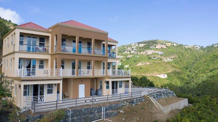 Close to Town Luxurious Panoramic View Villa