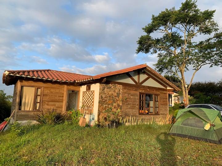 Casa de Campo entre Rionegro y Marinilla