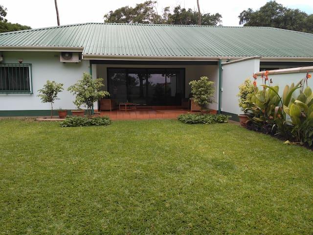 Steves' Place - Beira - Casa