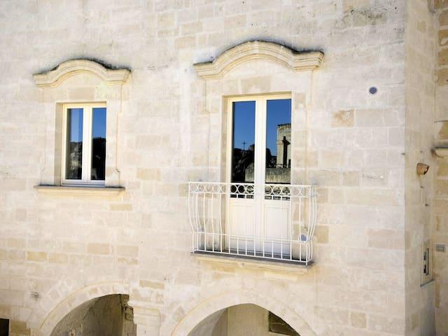"""""""Cloverleaf"""". Casa Vacanza nel Cuore dei Sassi. - Matera - Apartment"""