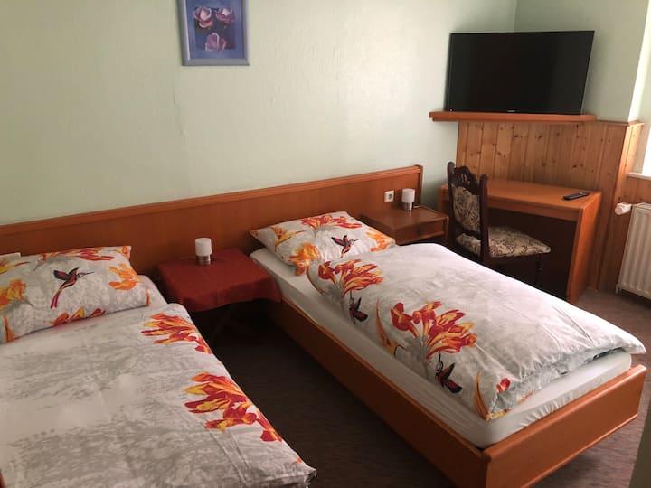 Dreibettzimmer Klassisch im Landgasthof Deinert