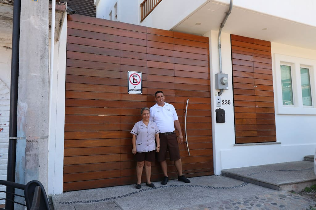 Jose and Marthita will welcome you and assist you during your stay