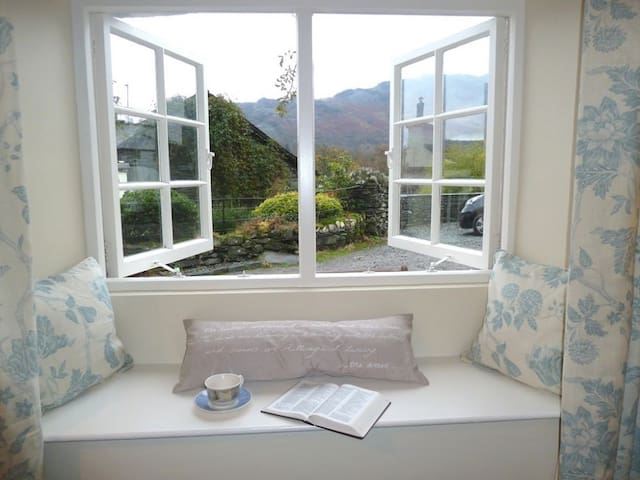BANK VIEW COTTAGE, Chapel Stile, Langdale - Grasmere - Rumah
