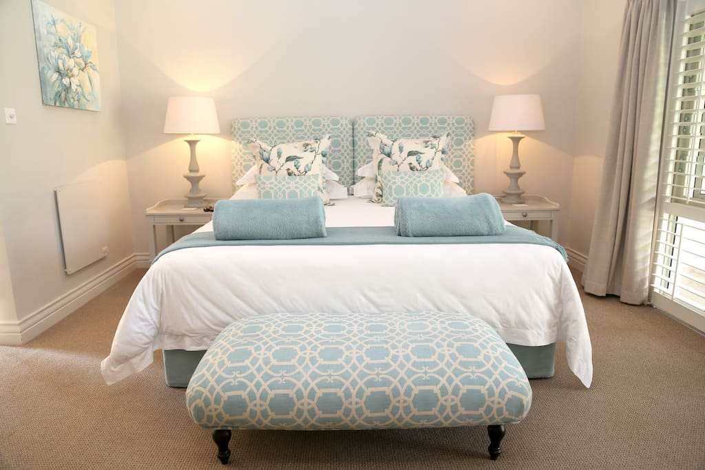 Kingsmead Guesthouse Bed And Breakfasts For Rent In