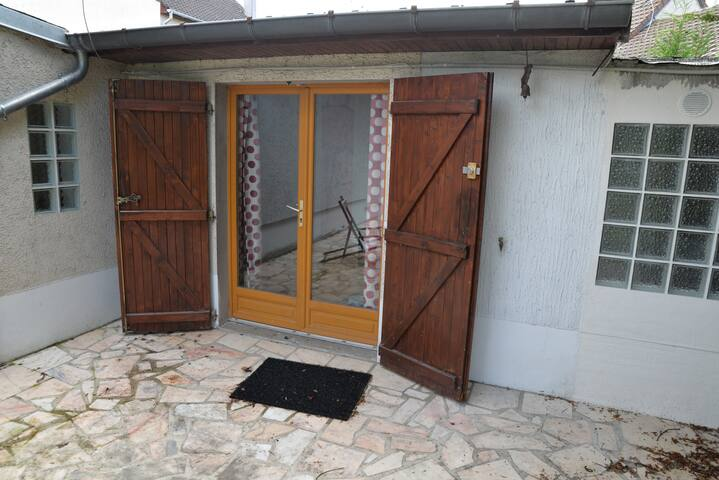 studio avec terrasse - Gournay-sur-Marne - House