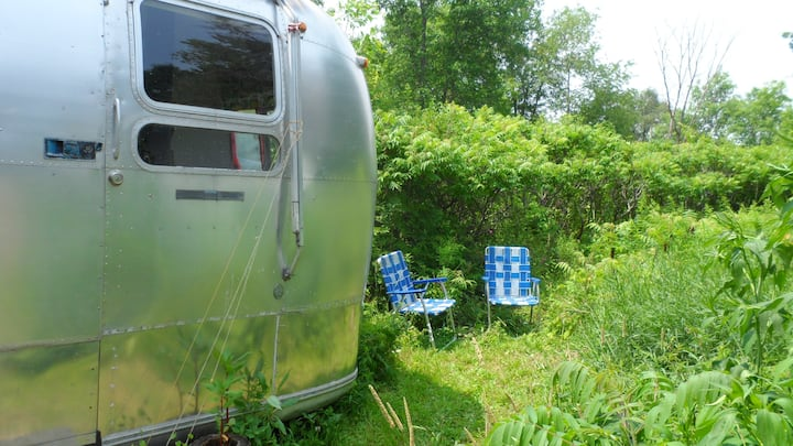 Vintage Trailer Trash Crash Pad