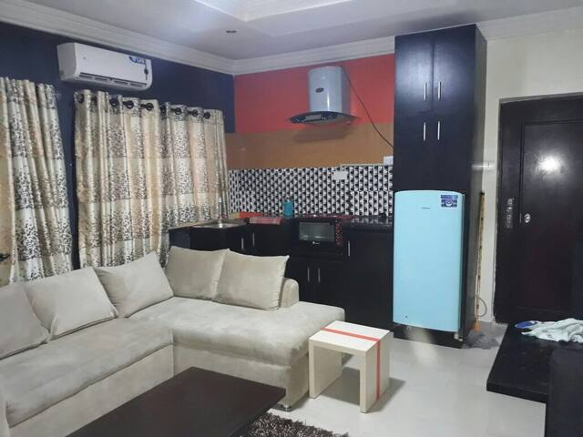 2 Bedroom Apartment At Magodo - Lagos - Huoneisto