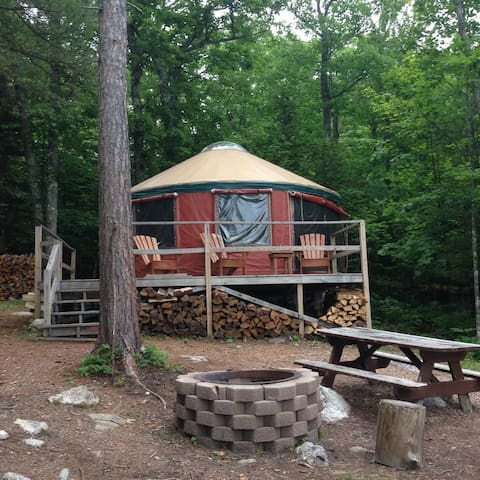 Stay on Top of Our World. Enjoy Shawnee Peak Yurt - Bridgton - Jurta