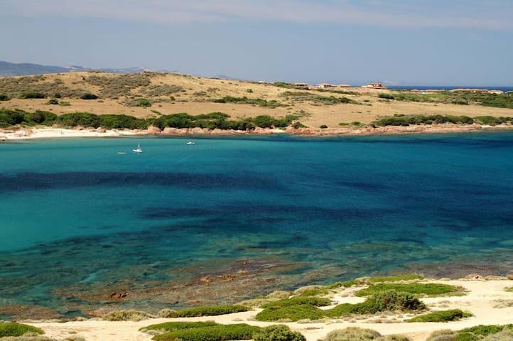 Relax, Tranquillità e Paesaggi unici - Li Canneddi, Calarossa