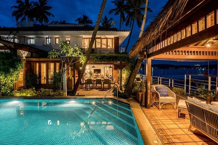 ♡4BR River view♡ Luxury Villa w/Pvt Infinity pool