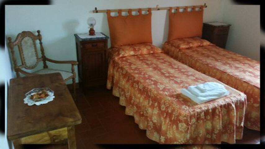 b&b antico casale desideri 2015 - Poggio Bustone - ที่พักพร้อมอาหารเช้า