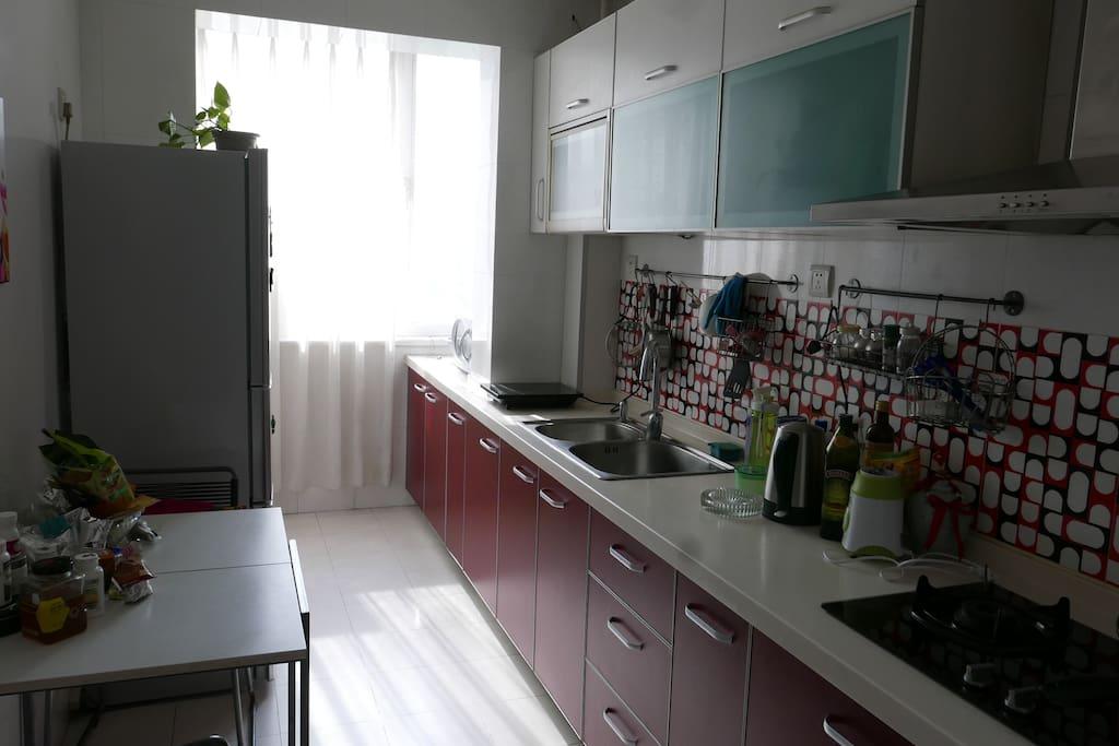设施齐全的厨房