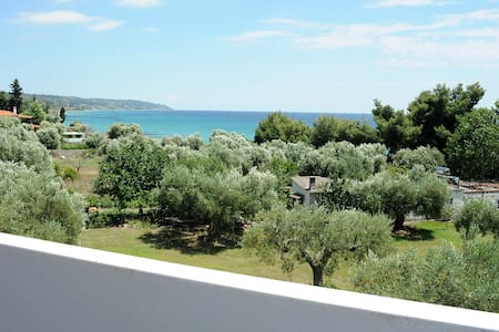 House with sea view & above beach! - Chalkidiki - Hus