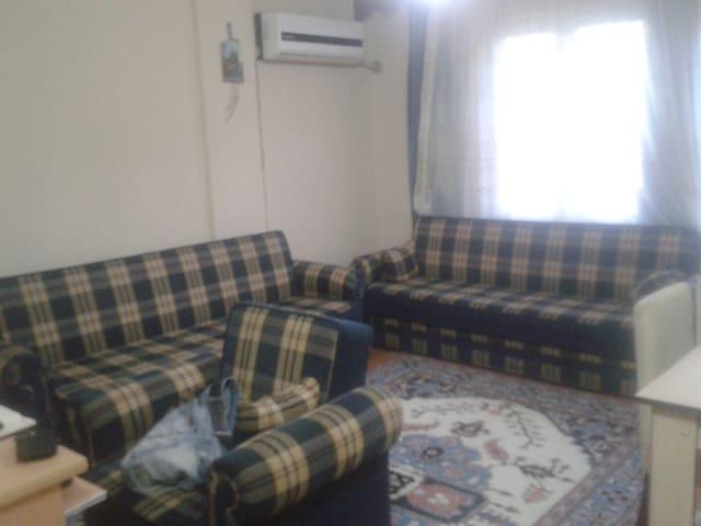 Common room in Sirinyer / Buca - İzmir - Huoneisto