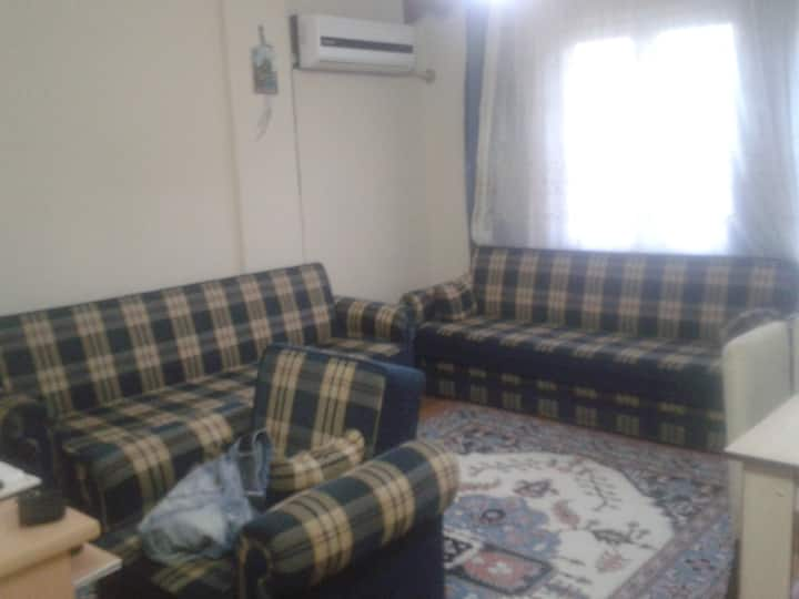 Common room in Sirinyer / Buca