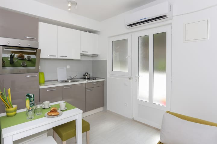 Charming new apartment (2+1) -ap.7 - Saplunara