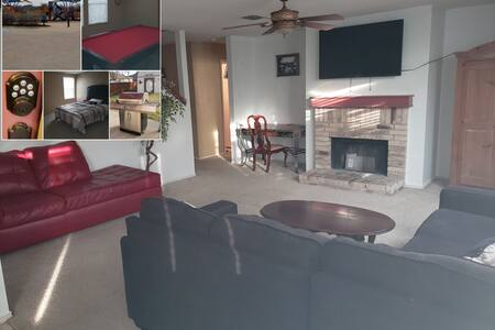 Cozy 3 Bed 2.5 Bath w/ pool table, outdoor grill