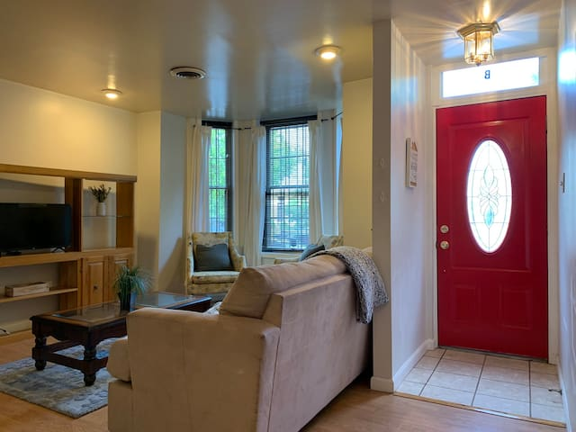 2 Bed 1 Bath H ST Dream In The Heart Of DC