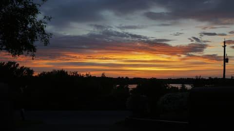 Lazy Dayz ** Sandbanks Pass and Sunset Views **