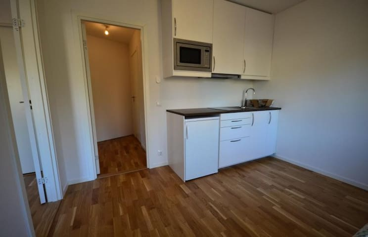 Own apartment in villa - Boo - Apartment