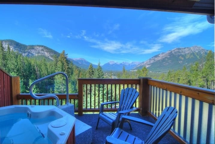 Incredible Banff Getaway in a Great Location | Private Hot Tub!