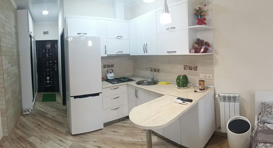 Квартира у моря в Батуми (Apartment in Batumi)