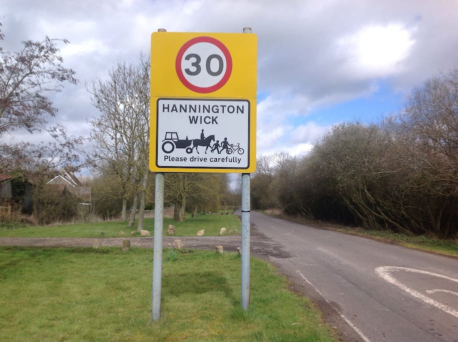 Entering Hannington wick
