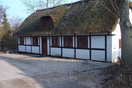 Sommerhus Drejø  Sydfynske Ø-hav - Svendborg - Kabin