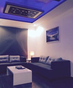 Fully Furnished 1 Bedroom Suite - Apartment